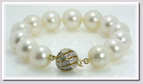 12-12.8MM White Round South Sea Pearl Bracelet 14K Clasp 7.5in