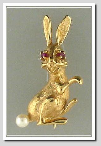 Buggs Bunny Pin W Pearl Amp Rubies 14k Gold