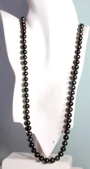 9-10MM Black Off Round Freshwater Pearl Necklace, Heart Clasp 32in