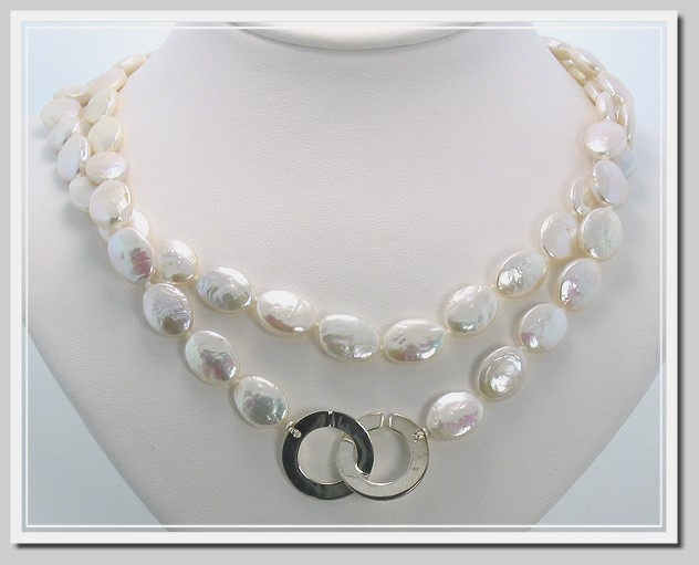 9525d8a406d08 9X11MM Oval Shape White Freshwater Cultured Pearl Necklace w/Large It