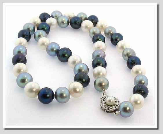 10-10.5MM Round Multi Color Freshwater Cultured Pearl Necklace 14K White Gold Clasp 20in.