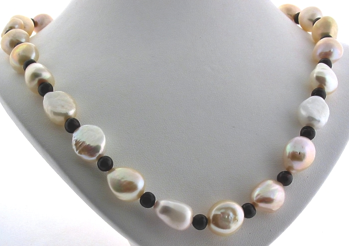 11X12MM Freshwater Pearl & Garnet Bead Necklace, Silver Clasp, 18in