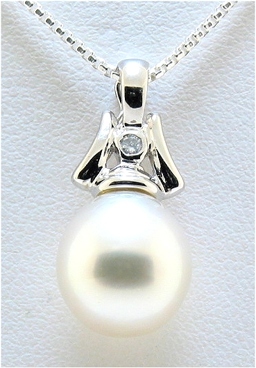 10.4X11.3MM White Fresh Water Cultured Pearl & Diamond Pendant, 14K White Gold