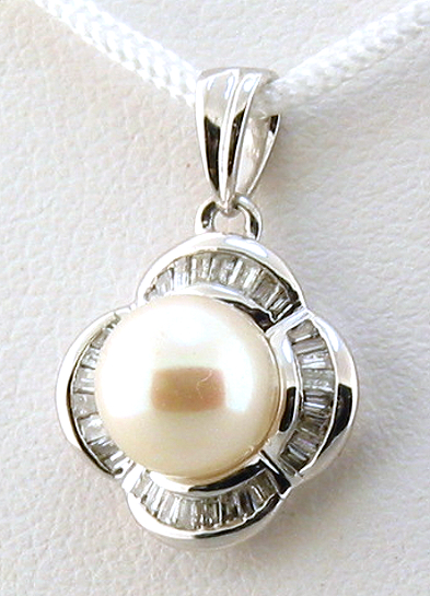 AAA 7-7.5MM FW Pearl & Diamond Pendant 14K White Gold