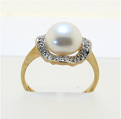 9MM Freshwater Cultured Pearl Ring w/Diamonds, 14K, Sizes 7.5