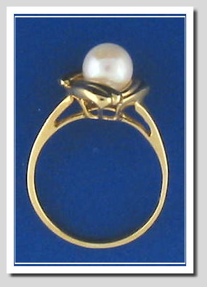 White Cultured Pearl Ring 14K, 3 Wings Style, Size 7