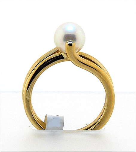 7.3MM White Akoya Cultured Pearl Ring w/Diamonds, 14K Yellow Gold, 5.9g. Size 7.5