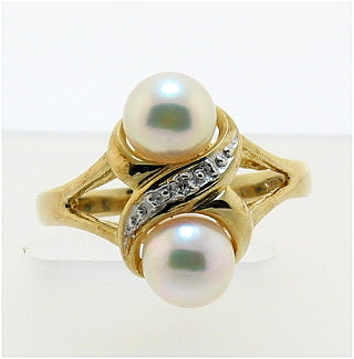 Double Akoya Cultured Pearl Ring w/Diamond, 14K Yellow Gold, Size 7.5