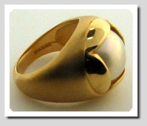 Unique 14MM Mabe Pearl Ring 14K Yellow Gold Size 7.5