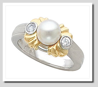 6-6.5MM Cultured Pearl Diamond Ring, 0.15 CT., 14K Two Tone Gold