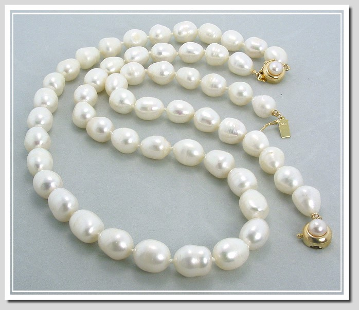 9X11MM White Large Oval Shape Freshwater Cultured Pearl Necklace/Bracelet Set, 14K Pearl Clasp, 20/8 In.