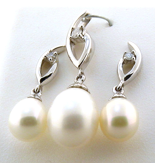 6 8MM FW Pearl & Diamond Earrings Pendant Set 14K White Gold