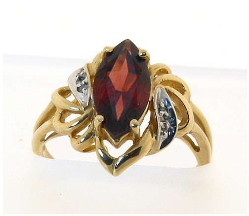 Genuine Garnet & Diamond Ring 10K , Size 6.5